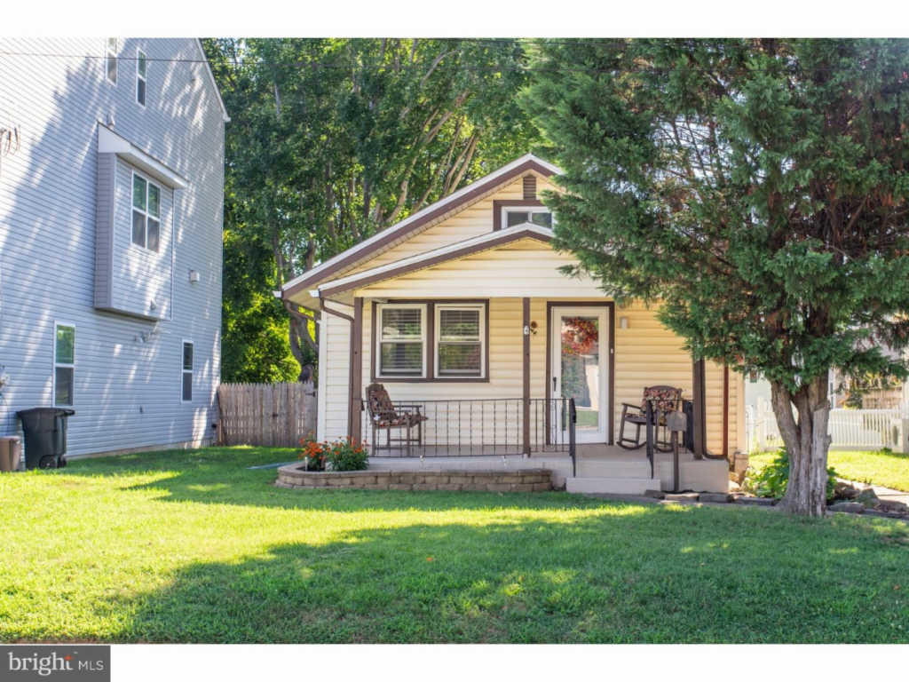 350 Roberts Ave Conshohocken Pa 19428 2 Bed 1 Bath Single