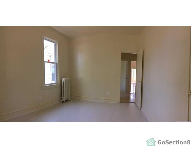 107 Summit St, East Orange, NJ 07017 - 3 Bed, 1 Bath Single-Family
