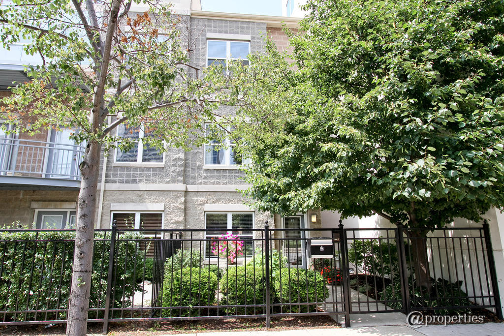 1616 South Indiana Avenue #A2, Chicago IL