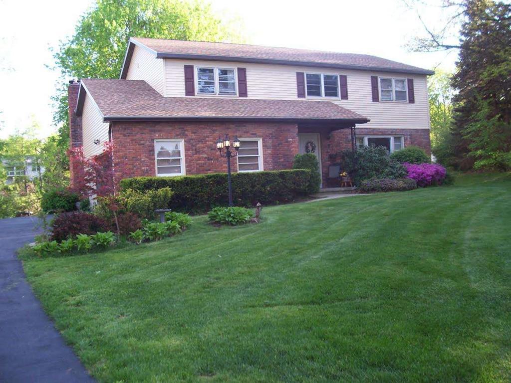 1261 Cranbrook Ct, Niskayuna, NY 12309 - Estimate and Home Details ...