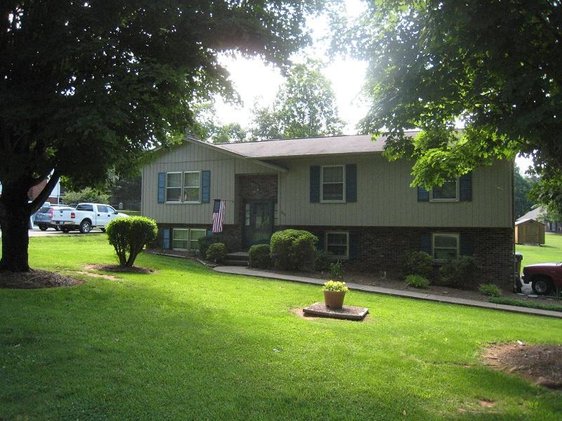 1000 Tangle Dr, Hickory, NC 28602 - Estimate and Home Details   Trulia