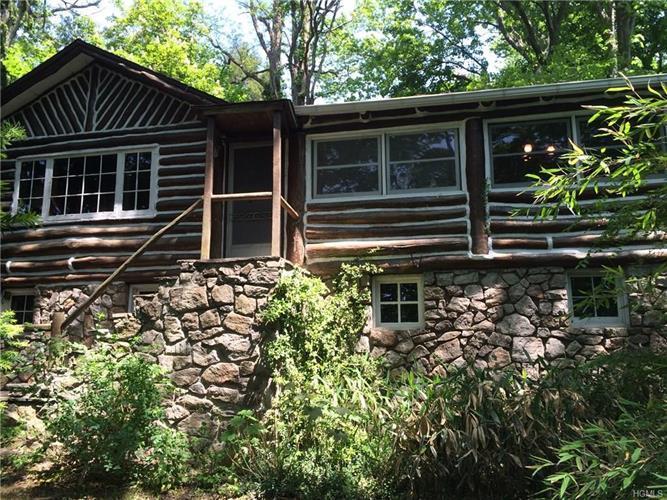 2 Pine Hill Dr Greenwood Lake Ny 10925 2 Bed 1 Bath Single