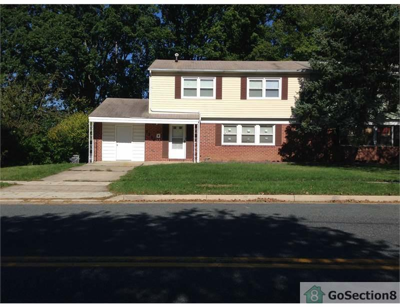 7230 Fairbrook Rd, Windsor Mill, MD 21244 - 4 Bed, 2 Bath Single