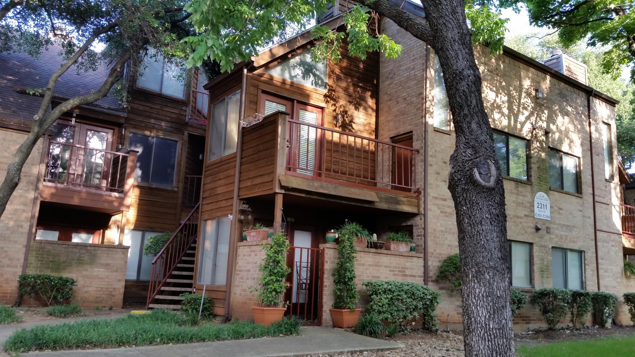 oaks bedroom inc watch bardin tx youtube lumacorp arlington apartments