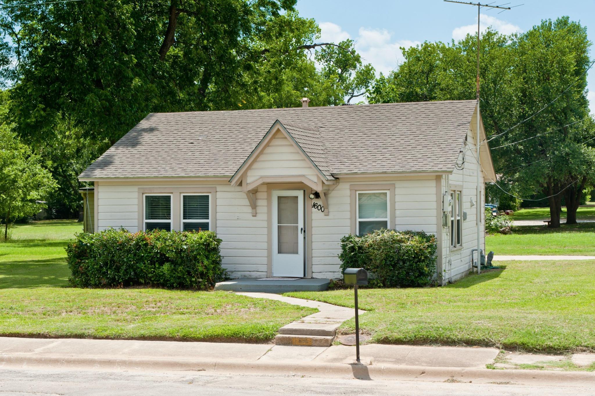 1600 McCormick St Denton TX Estimate and Home Details