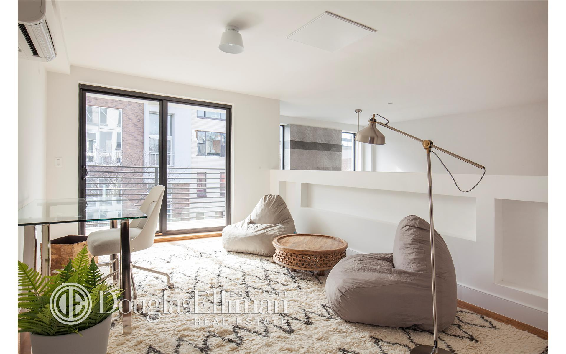 79 Clay St #2R, Brooklyn, NY 11222 - Estimate and Home Details | Trulia