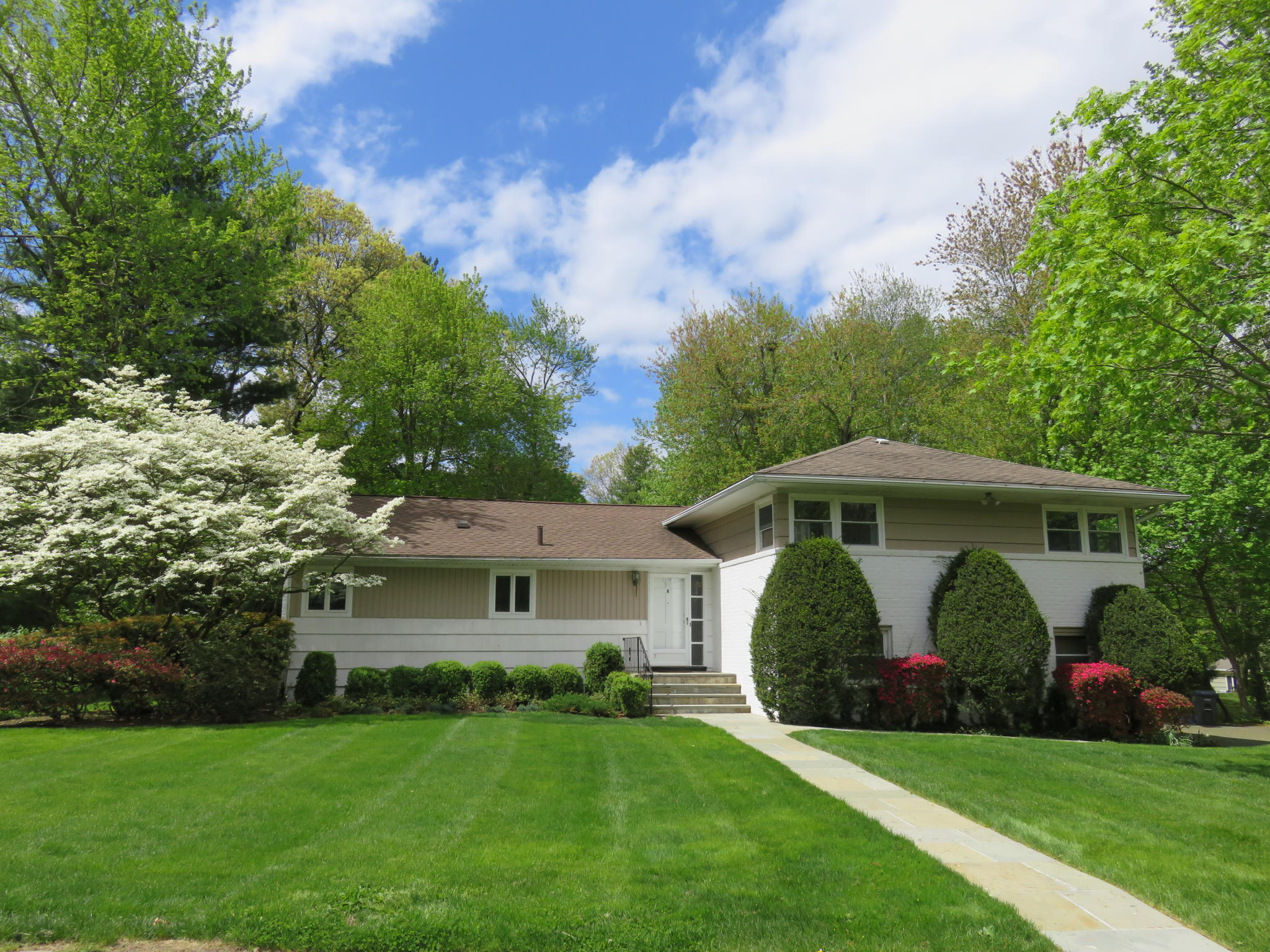 8 Rosewood Rd White Plains NY Recently Sold