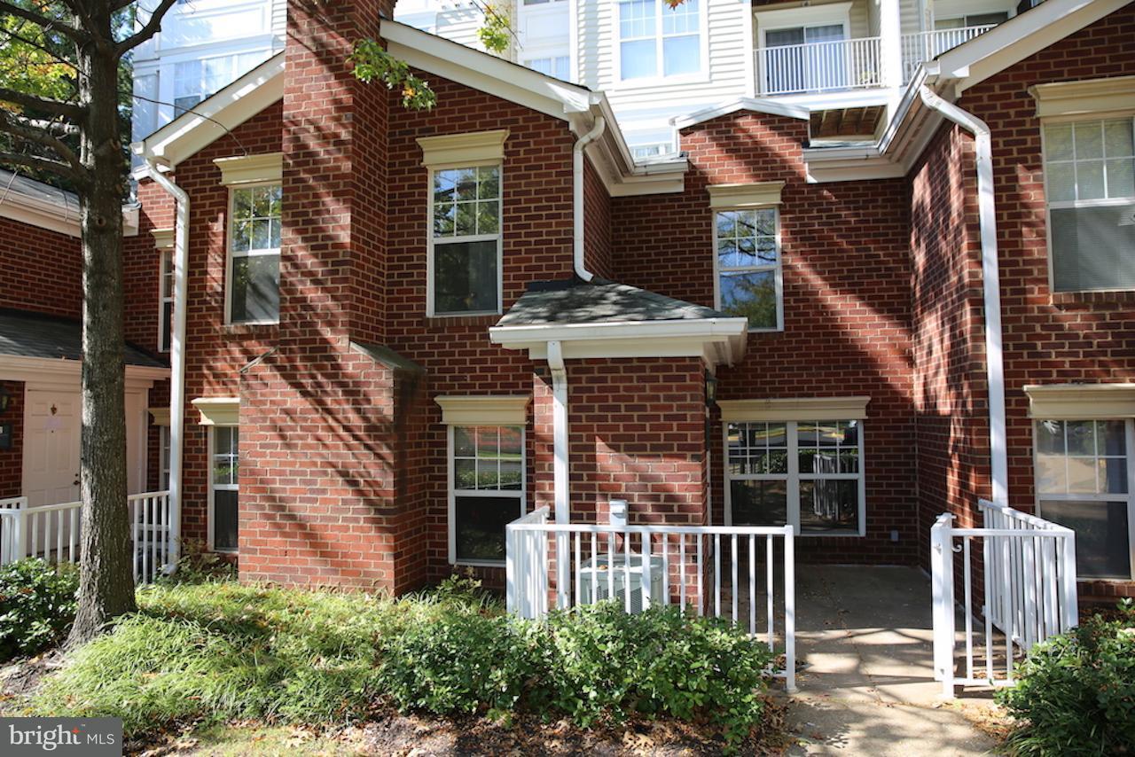 1625 International Dr #TH5, McLean, VA 22102 For Rent | Trulia