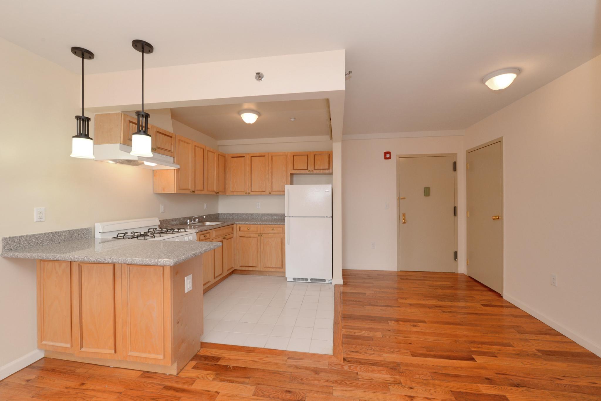 38 Hilton Ave #304, Garden City, NY 11530   Trulia