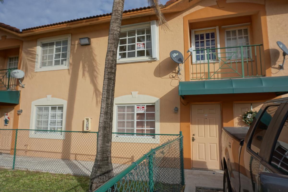 8446 NW 103rd St #103D For Rent - Hialeah Gardens, FL | Trulia
