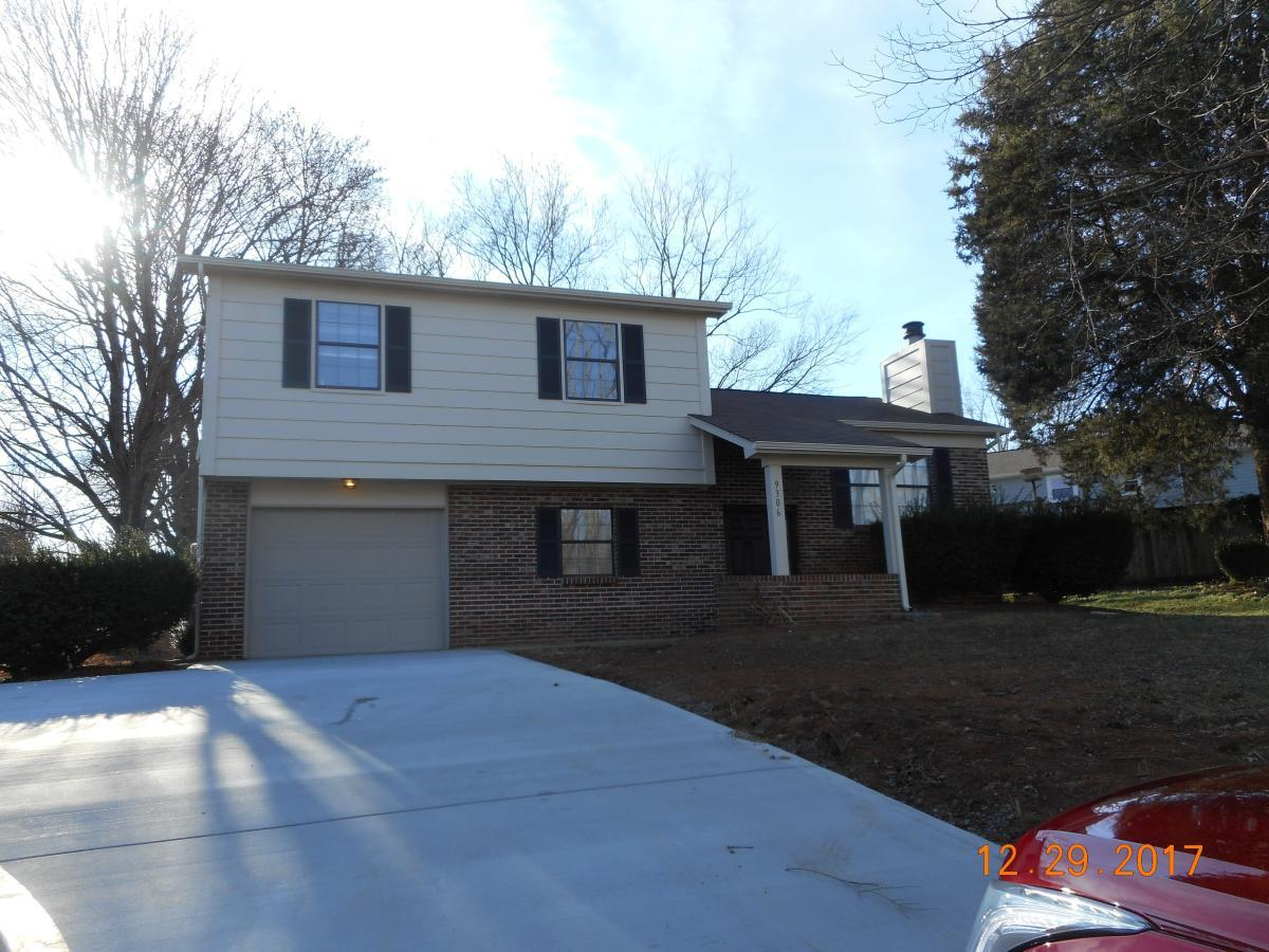 9306 Ashmeade Rd For Rent - Knoxville, TN | Trulia