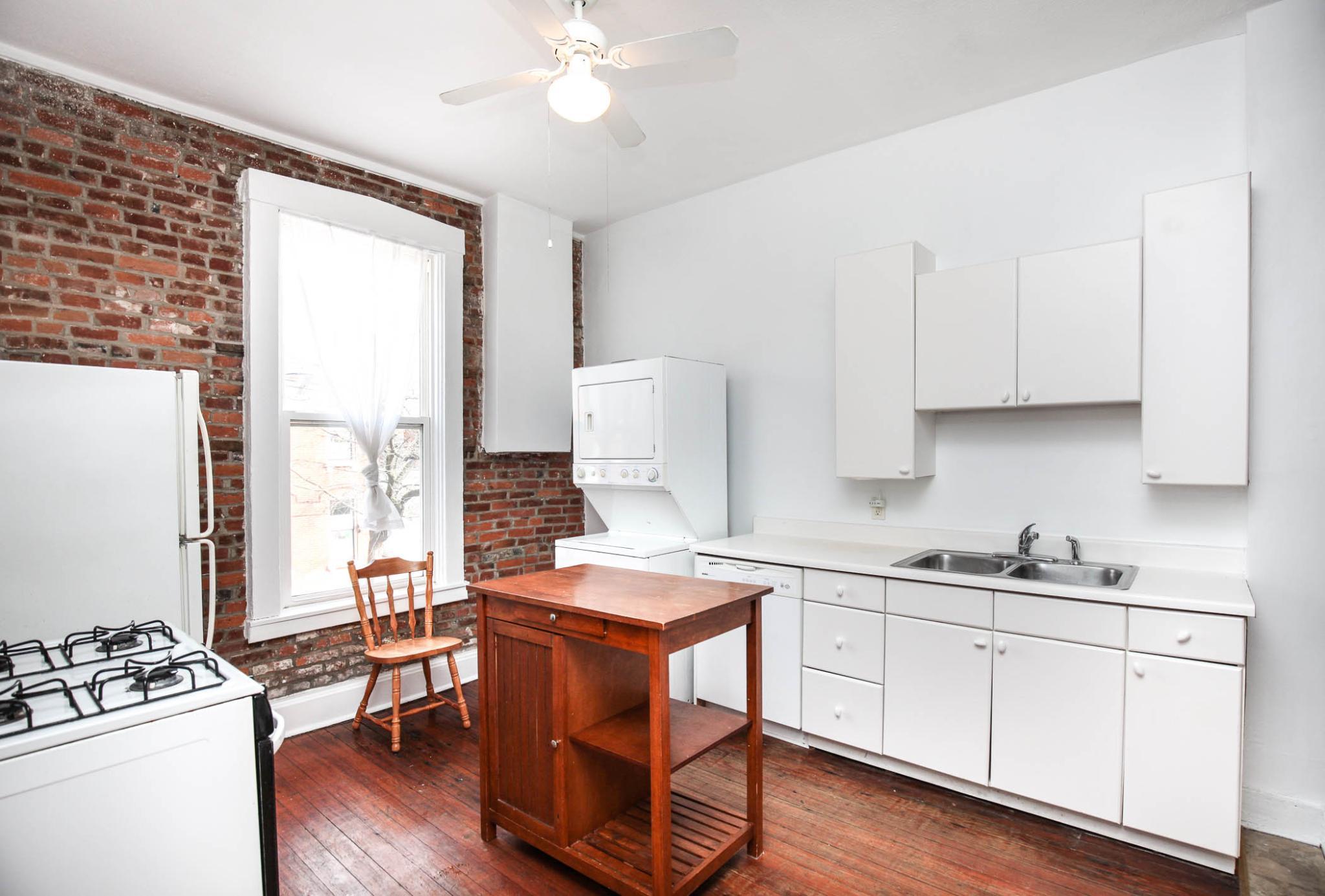 2300 S 11th St #REAR For Rent - Saint Louis, MO | Trulia
