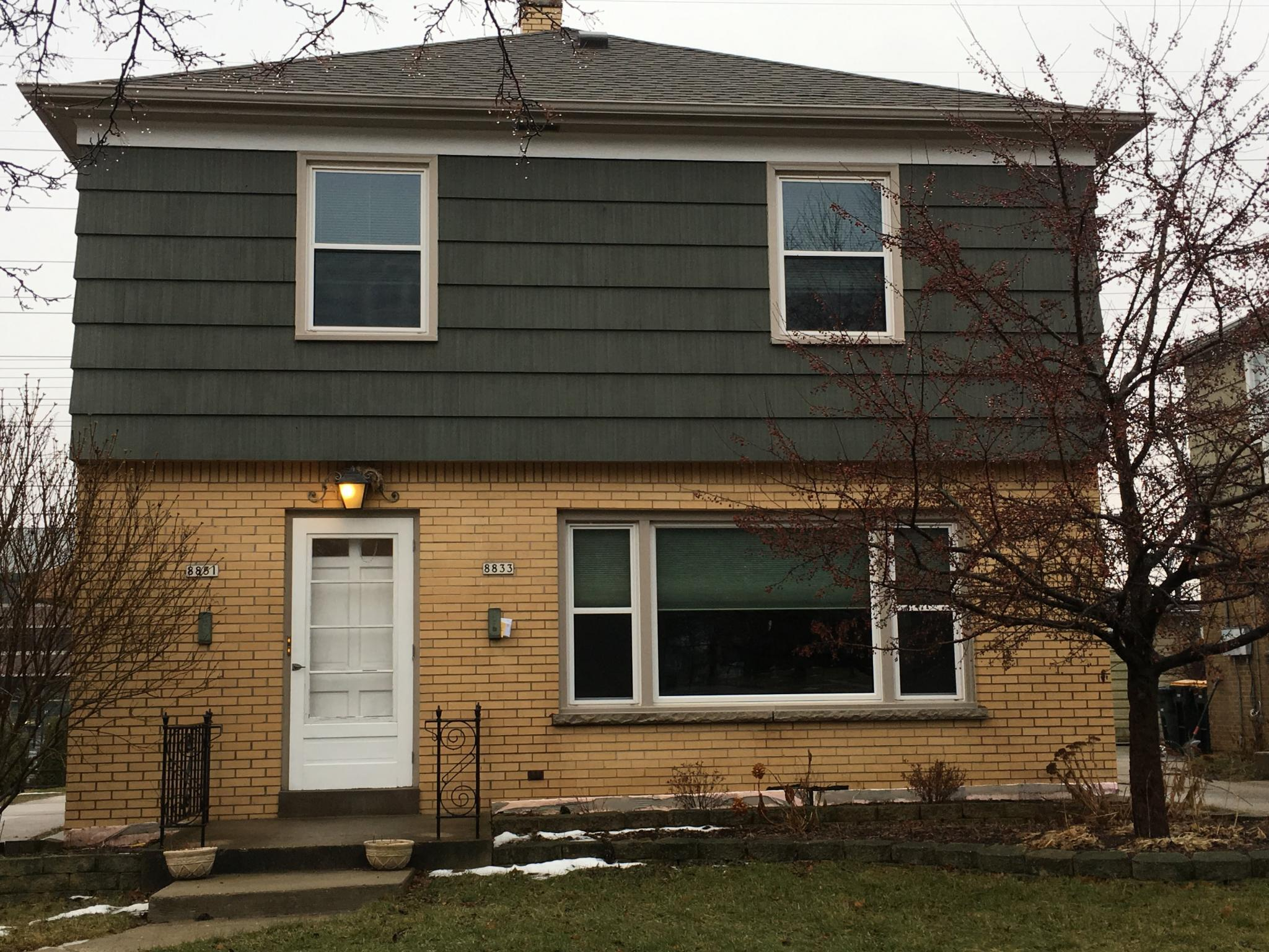 8831 W Hawthorne Ave For Rent - Wauwatosa, WI | Trulia