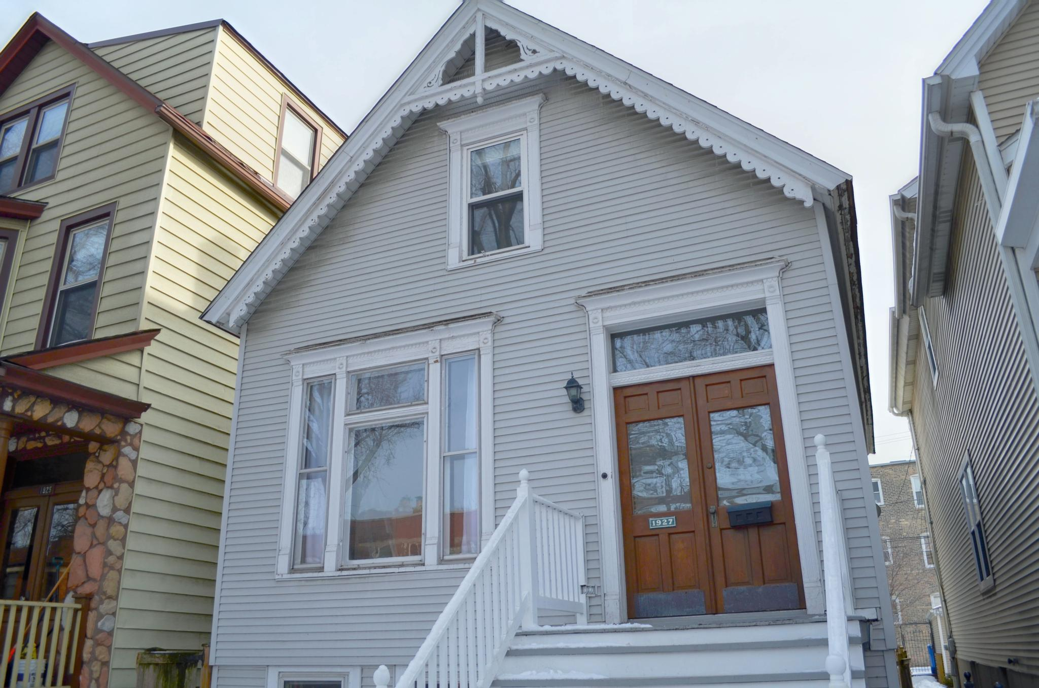 1927 W Newport Ave For Rent - Chicago, IL | Trulia