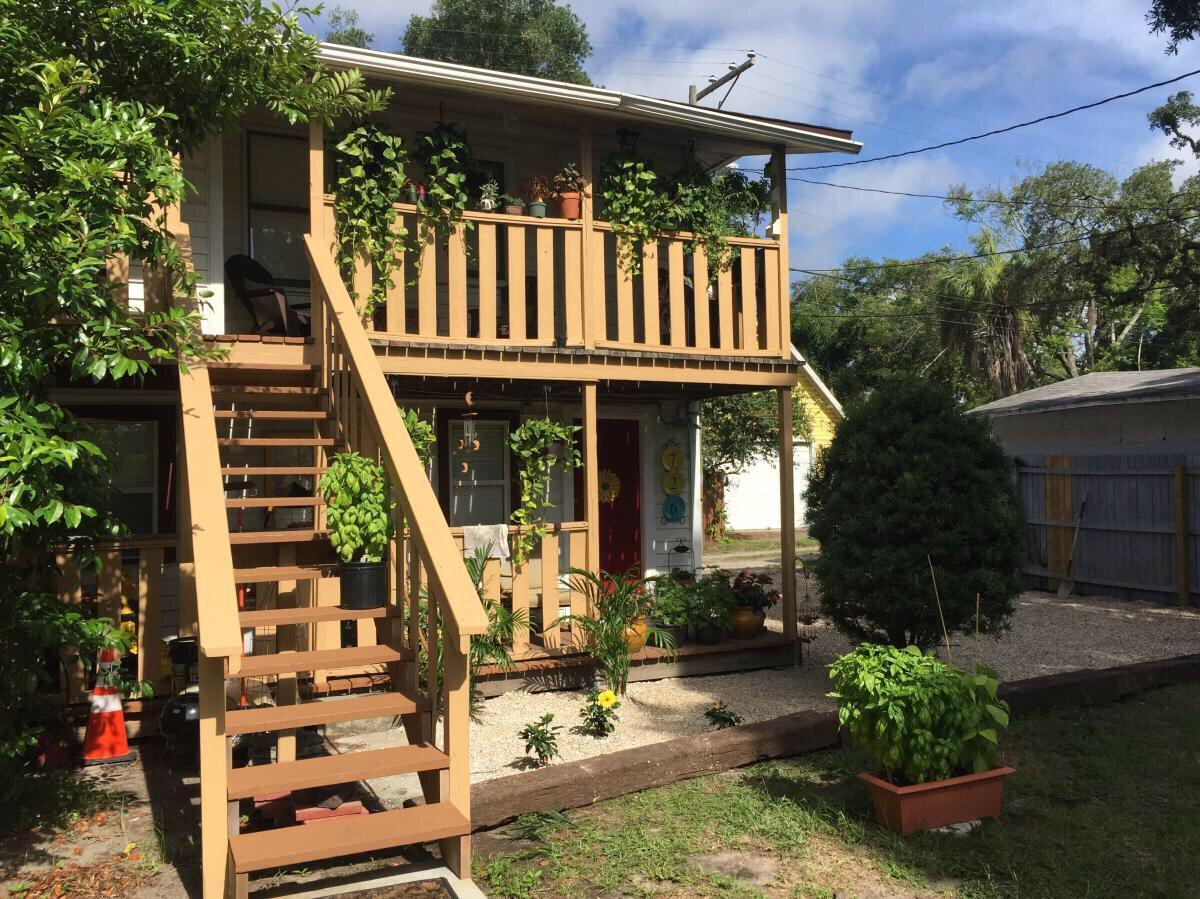 726 Dartmoor St N #UPPER, Saint Petersburg, FL 33701 For Rent | Trulia