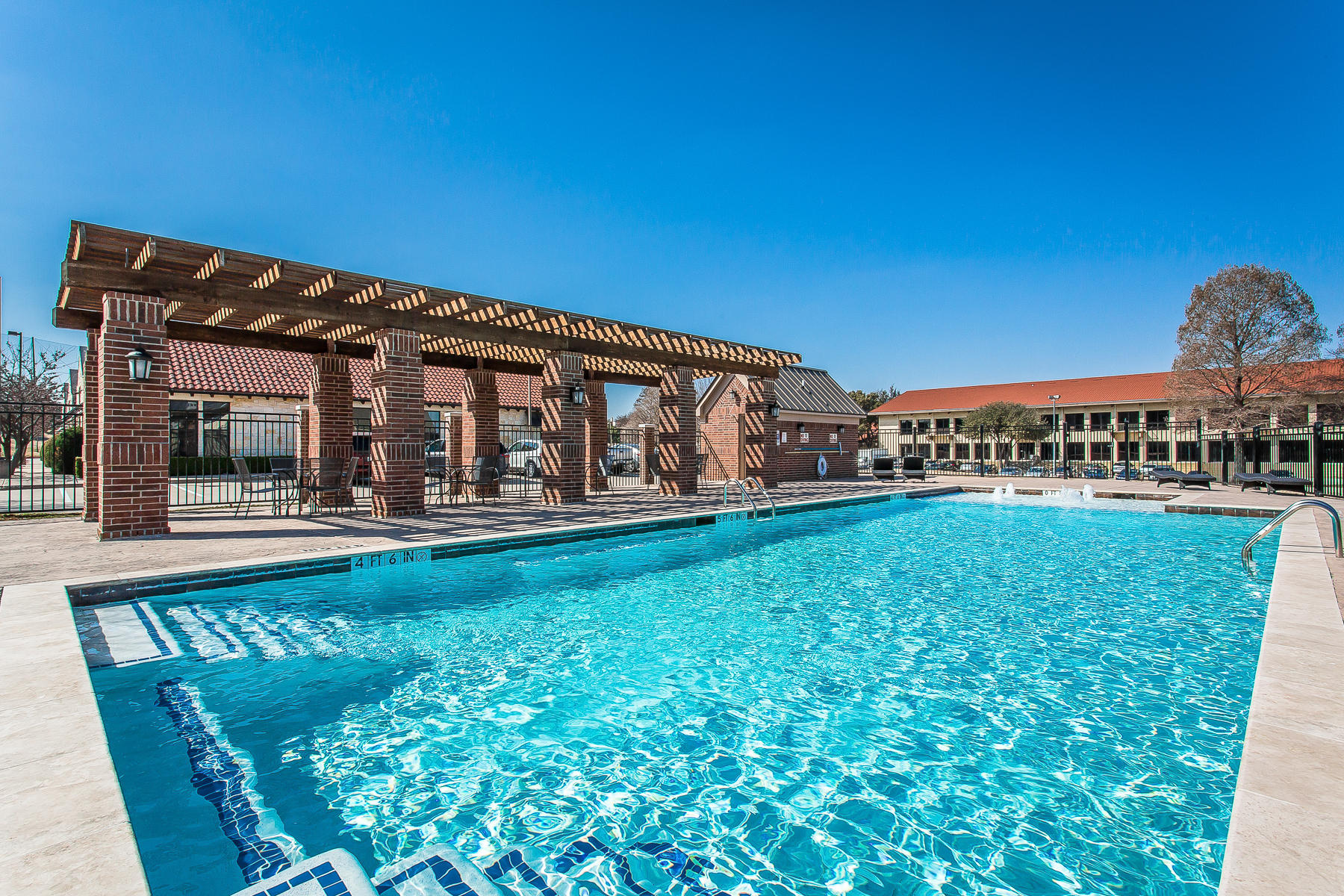 The Brownstones of Las Colinas by Urban Innovations New Homes for ...