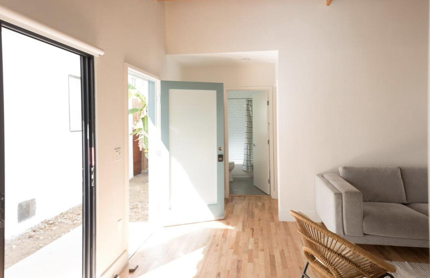 los in lofts s rent pin ca room main st rooms angeles for and