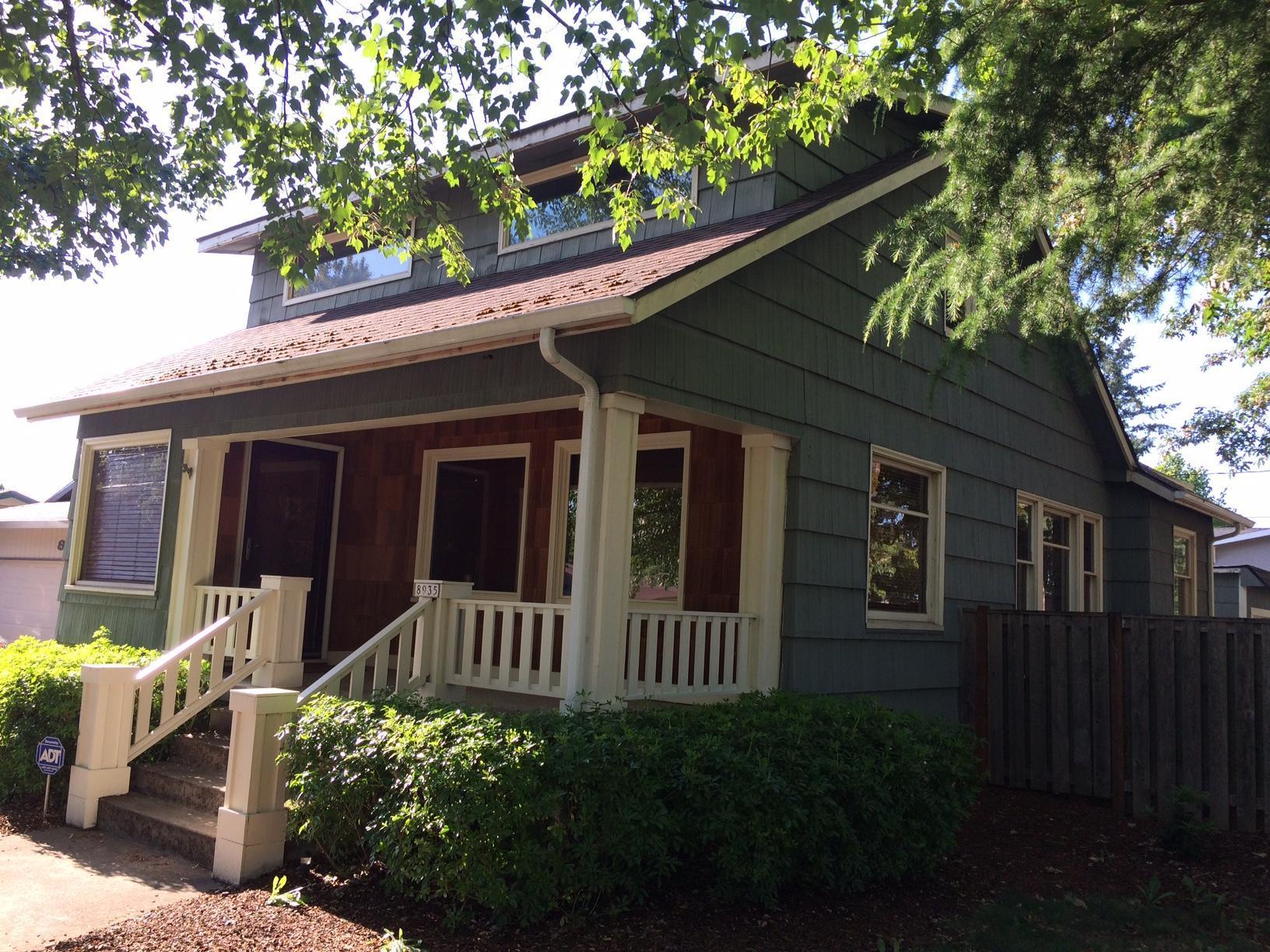 8935 NE Couch St, Portland, OR 97220 | Trulia
