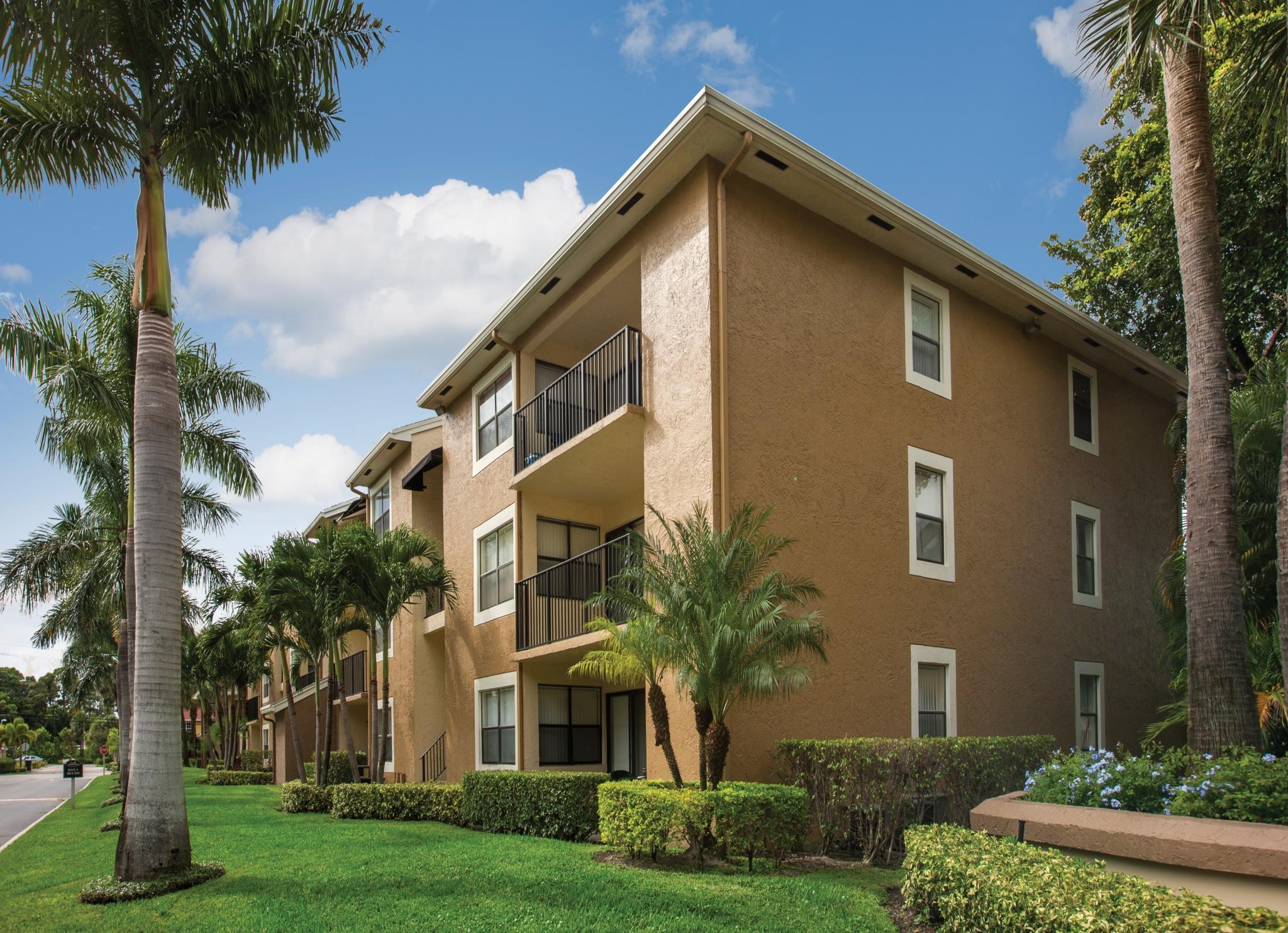 1400 Avon Ln, North Lauderdale, FL 33068   Trulia