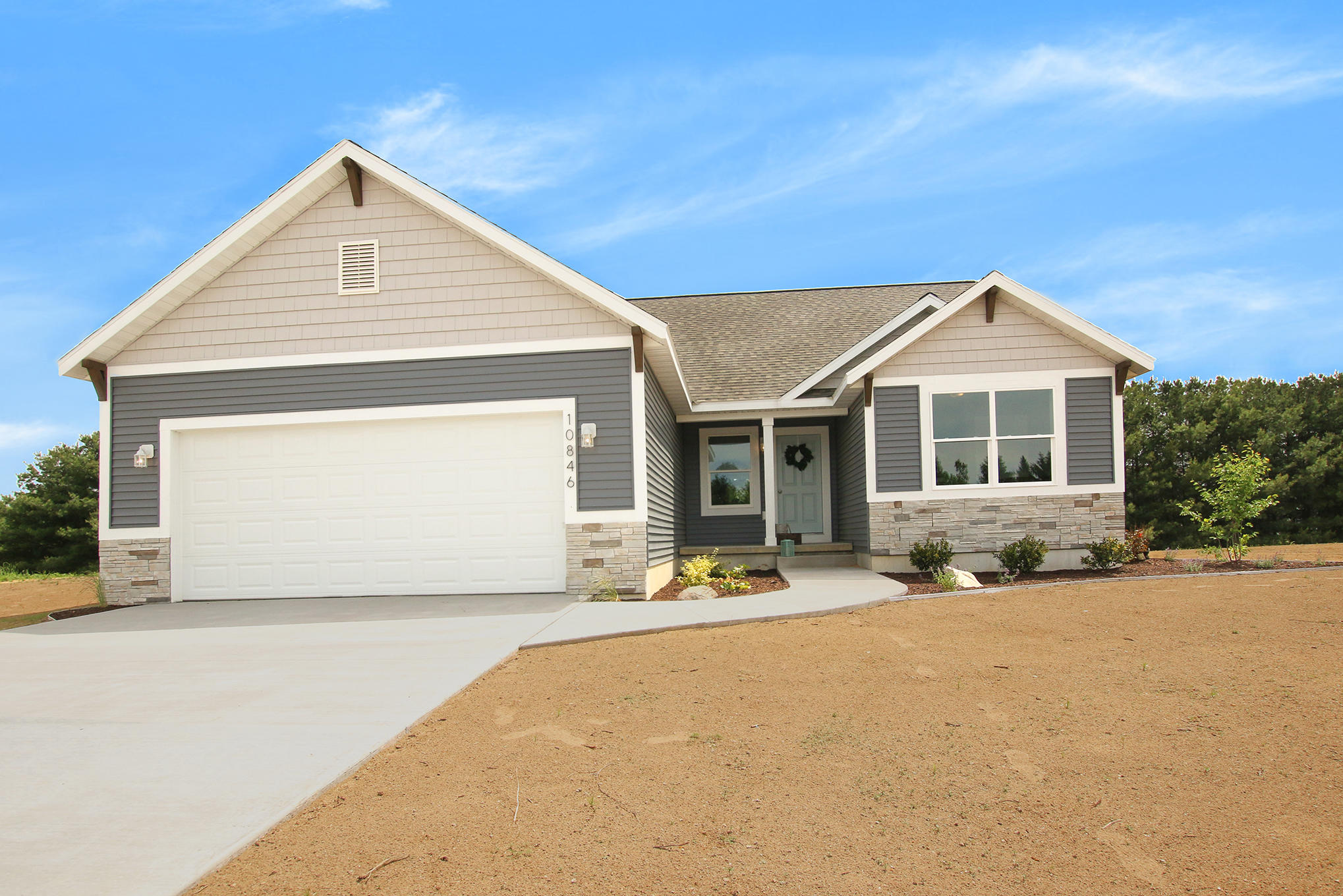 10856 Pine Bow Ct For Sale - West Olive, MI | Trulia