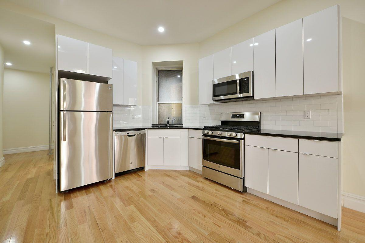78 W 82nd St #1B, Manhattan, NY 10024 - 4 Bed, 2 Bath Multi
