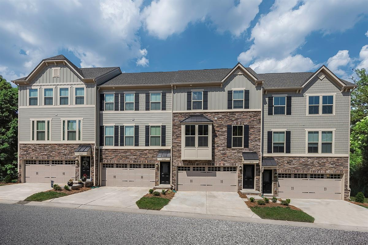 Townes Of Oakhurst By Ryan Homes Charlotte Nc 28205
