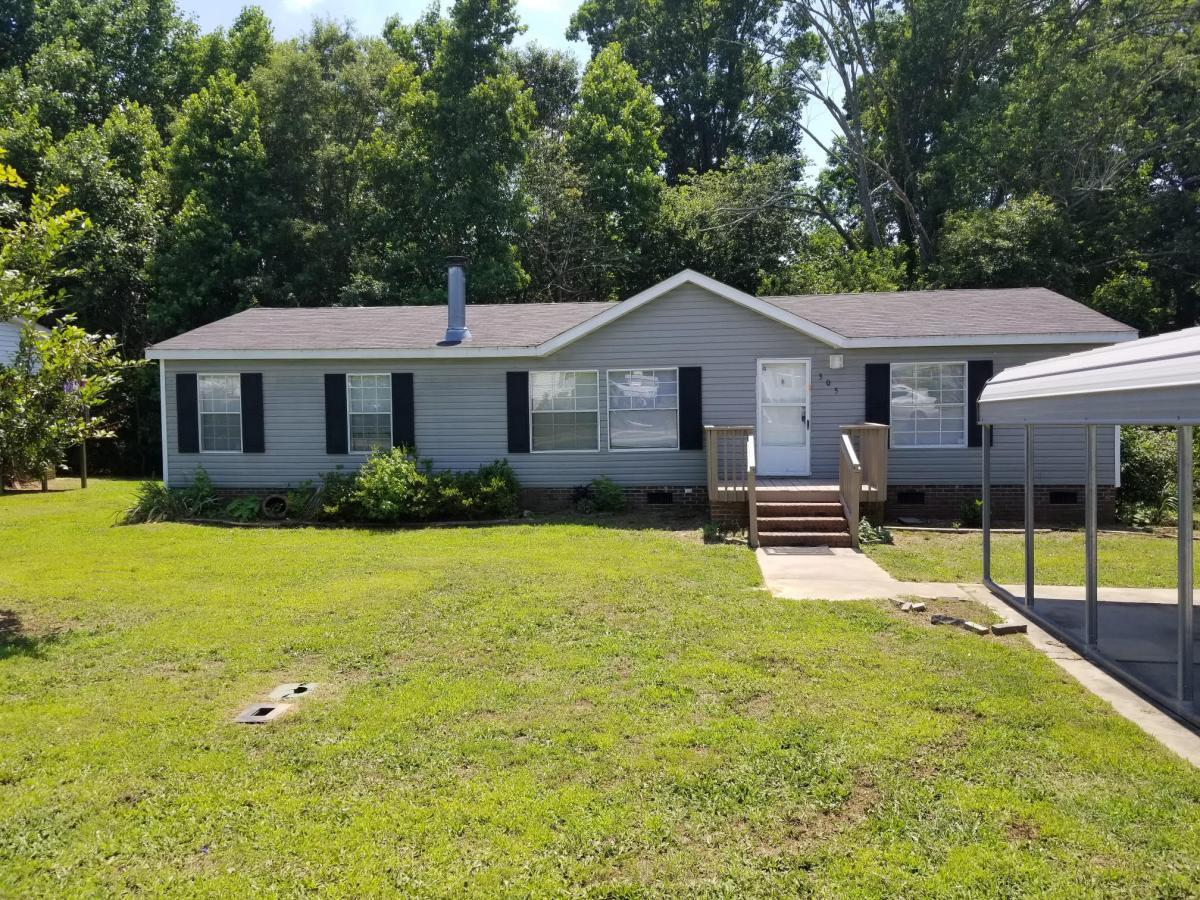 305 Walnut Crest Ct, Fountain Inn, SC 29644 For Rent | Trulia on houses for rent north charleston sc, mobile homes in orangeburg sc, houses for rent darlington sc, mobile homes for rent oregon, mobile homes south carolina earthquake, mungo homes in sc,
