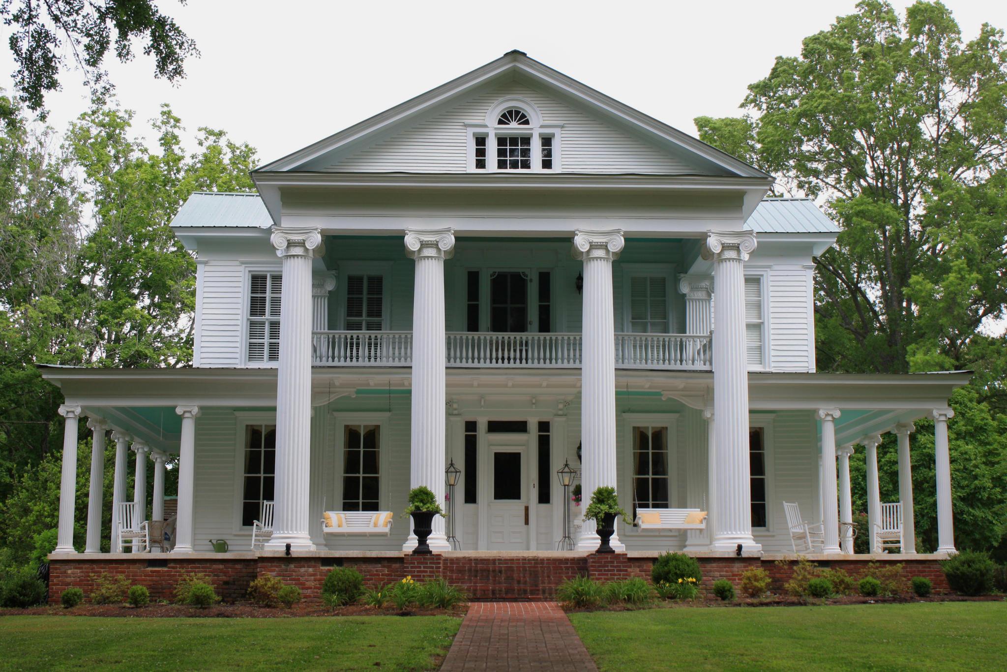 320 College St Savannah TN 38372 Estimate and Home Details