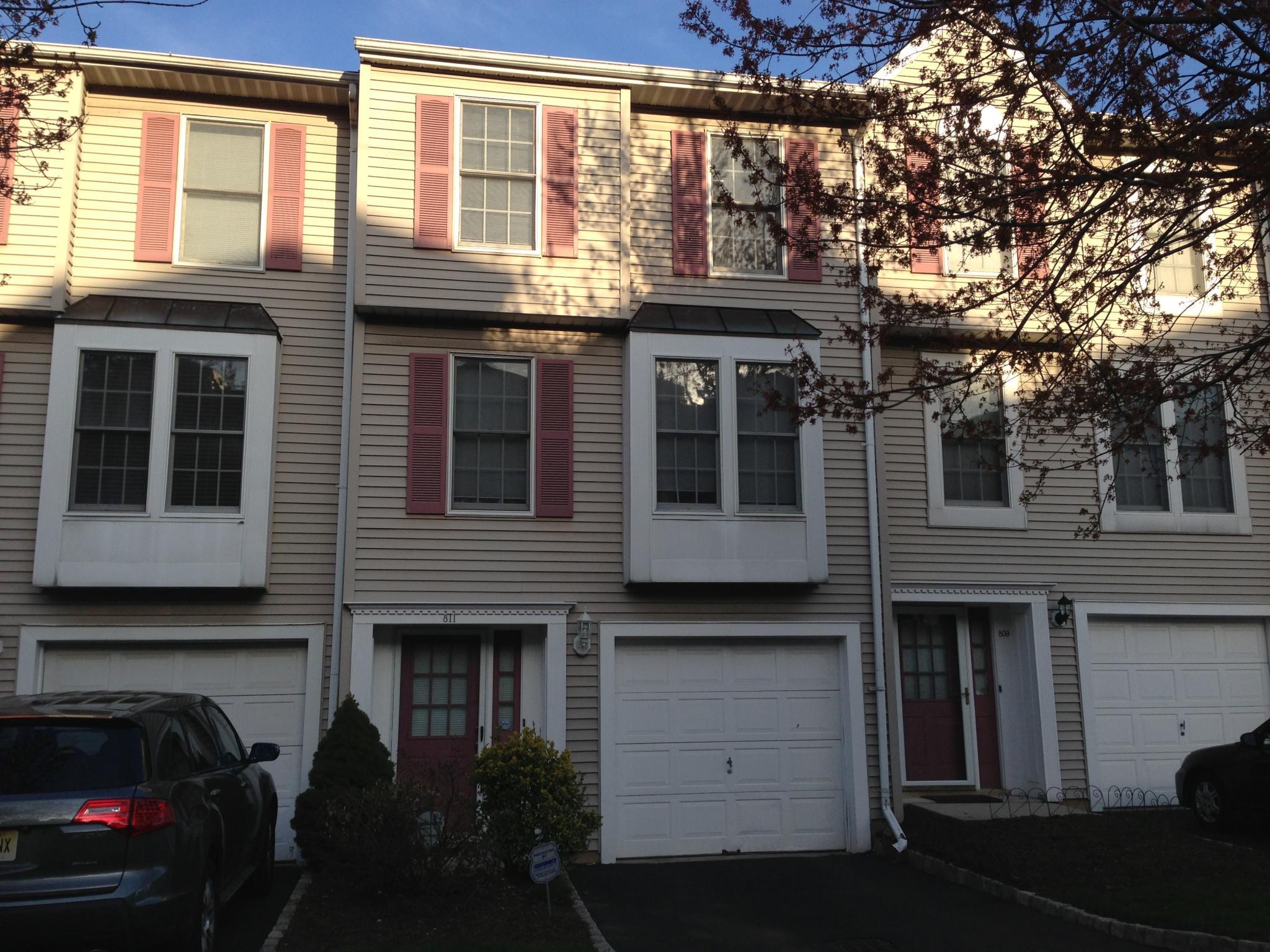 811 Highland Ave Newark NJ Estimate and Home Details