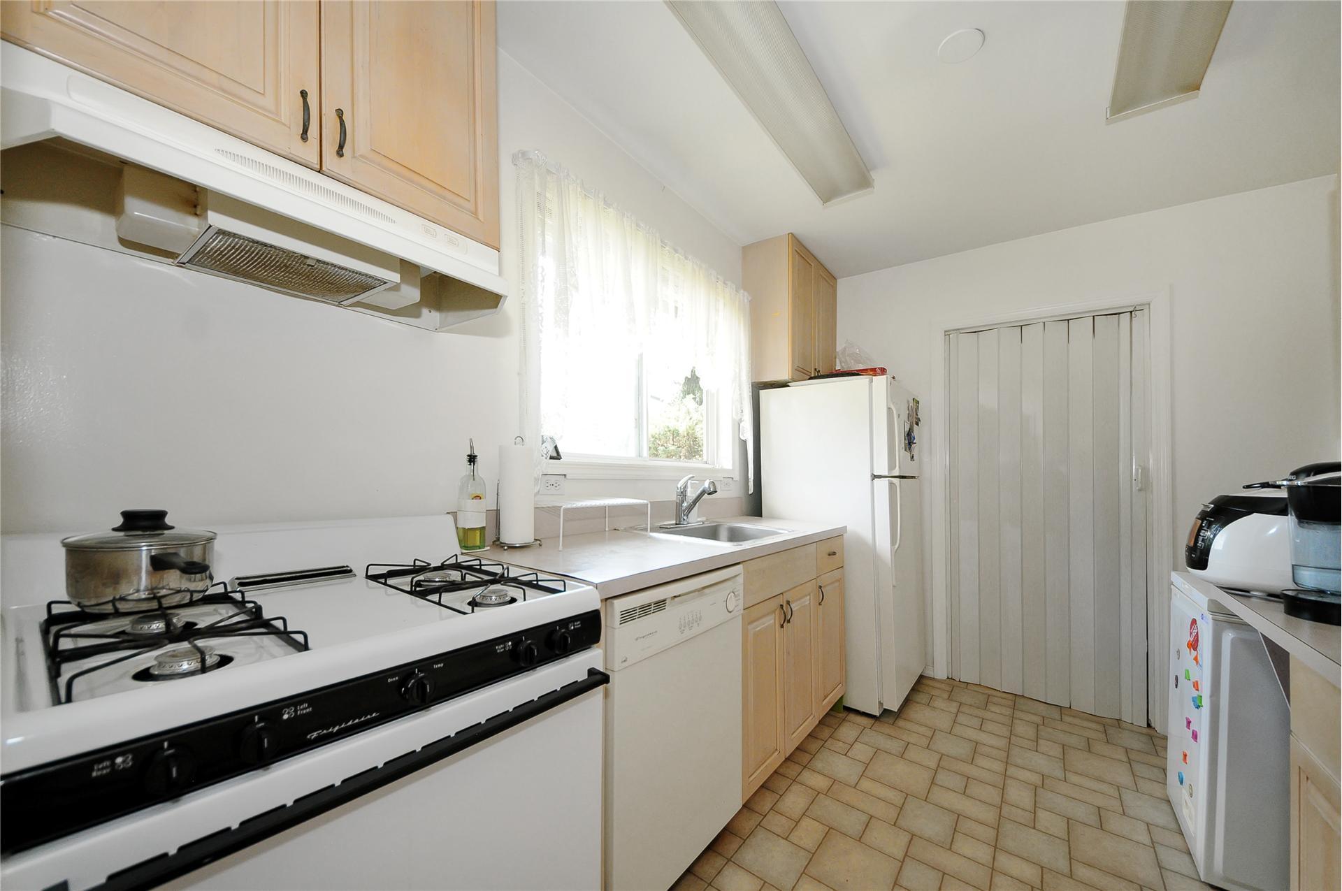 Contemporary Star Kitchen Plainview Ny Ornament - Kitchen Cabinets ...