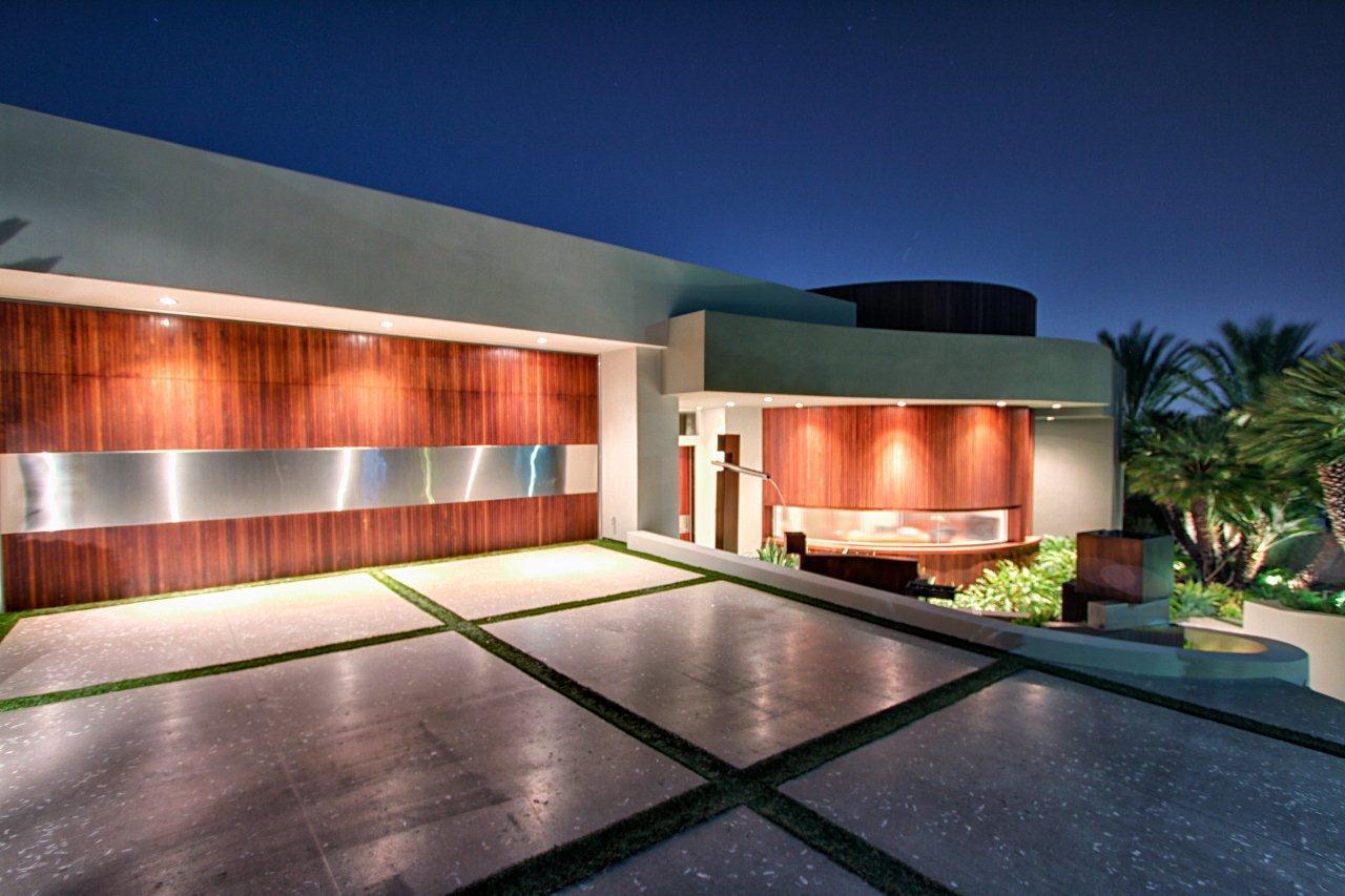 9305 Nightingale Drive, Los Angeles CA