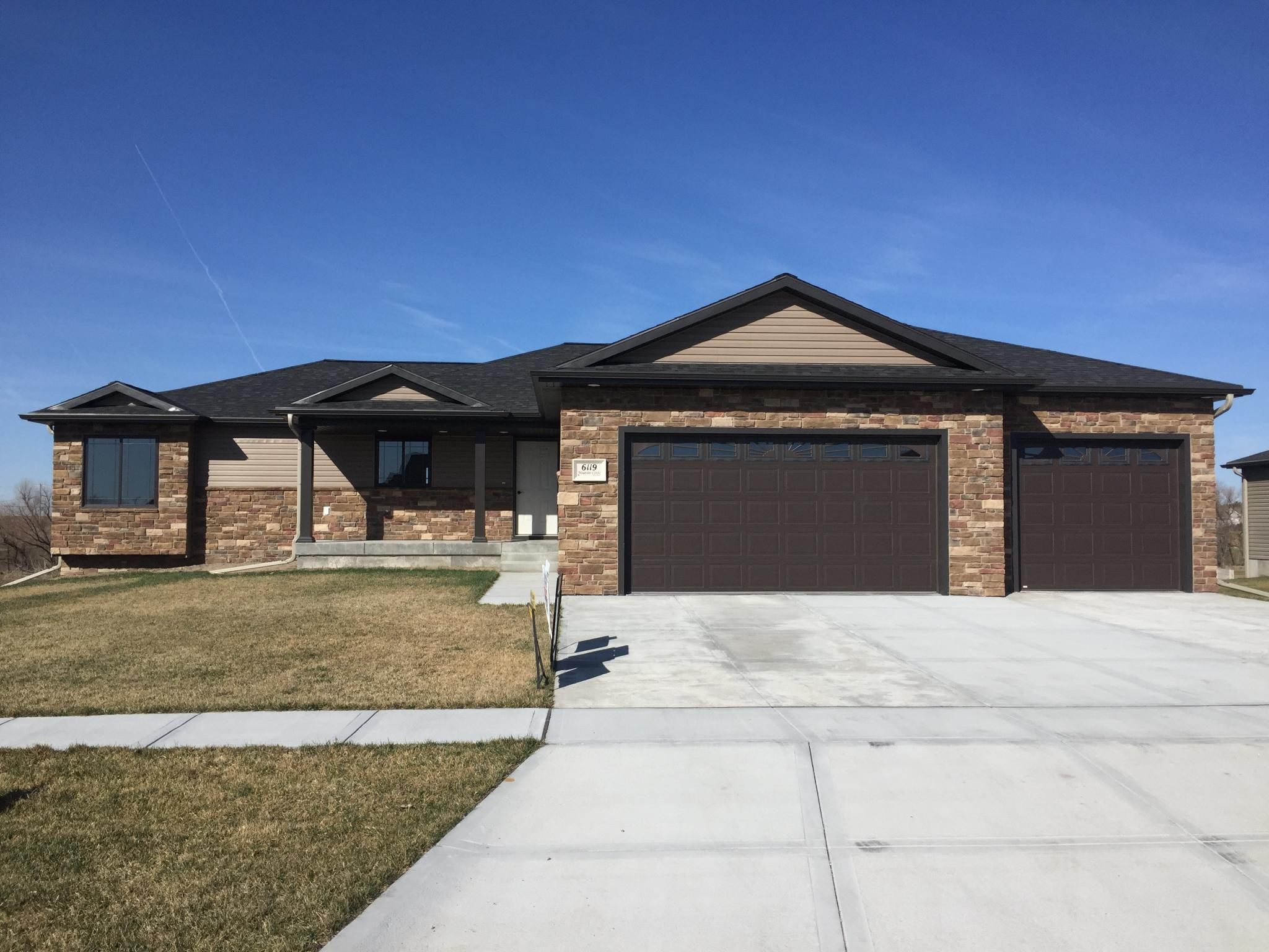 Nebraska adams county ayr 68925 - 6119 Meander Cir