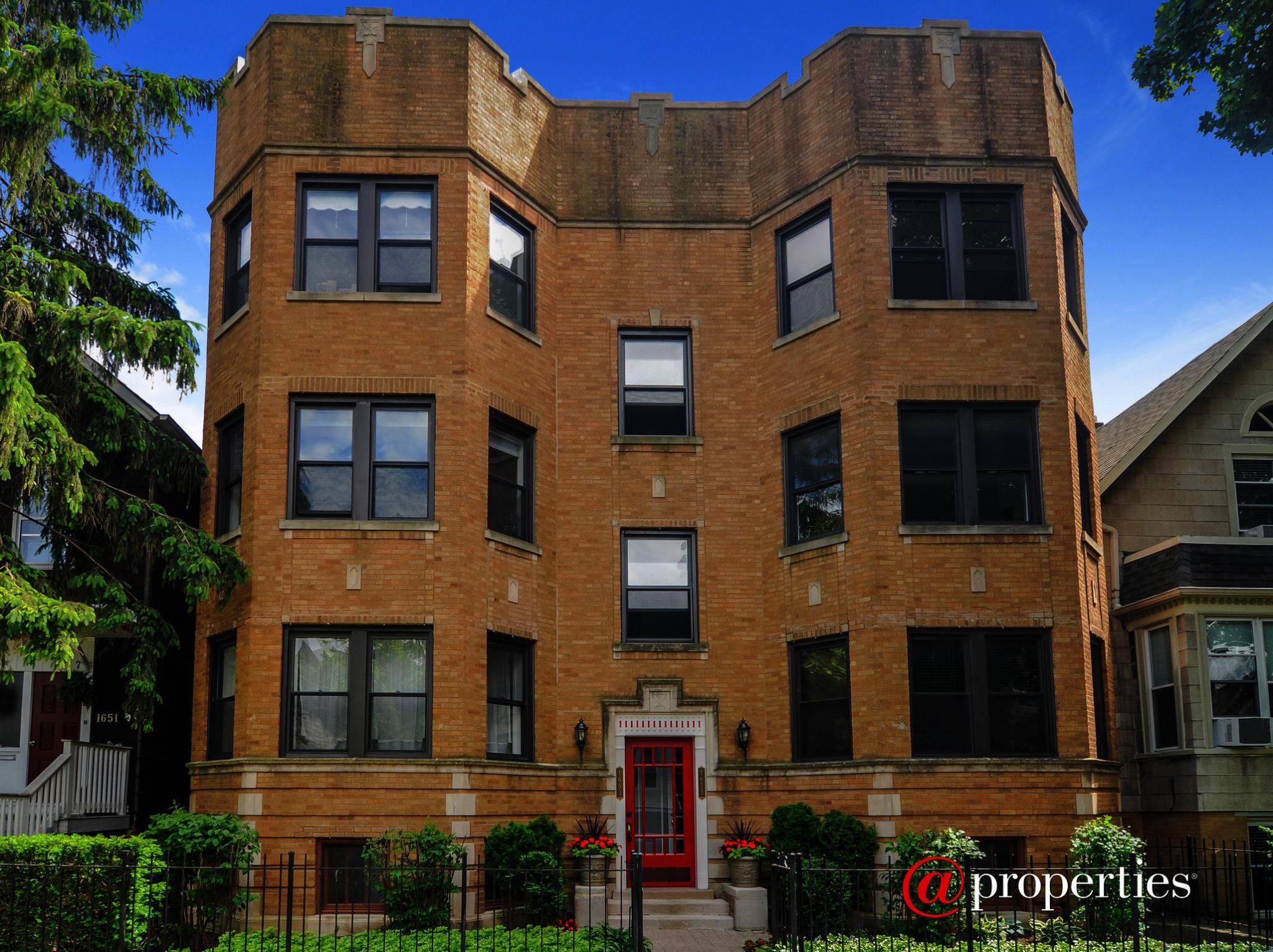 1653 W Olive Ave #1E, Chicago, IL 60660 | Trulia