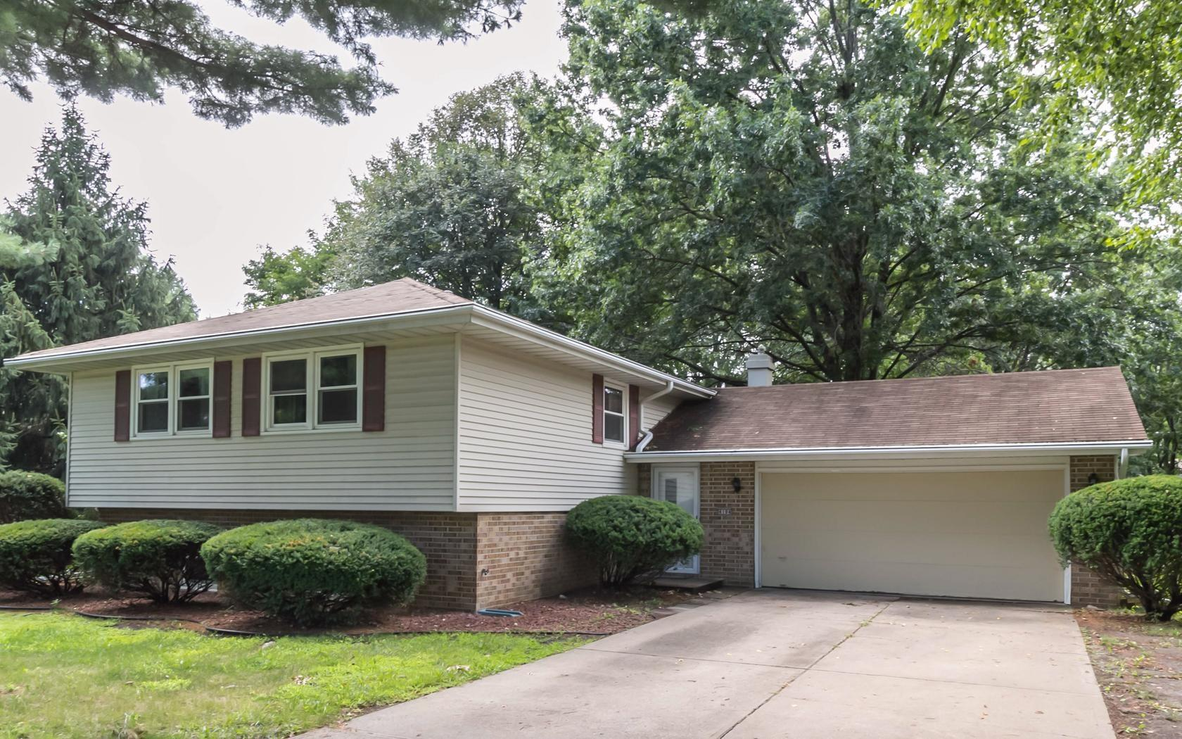 4104 boulder dr for rent west des moines ia trulia