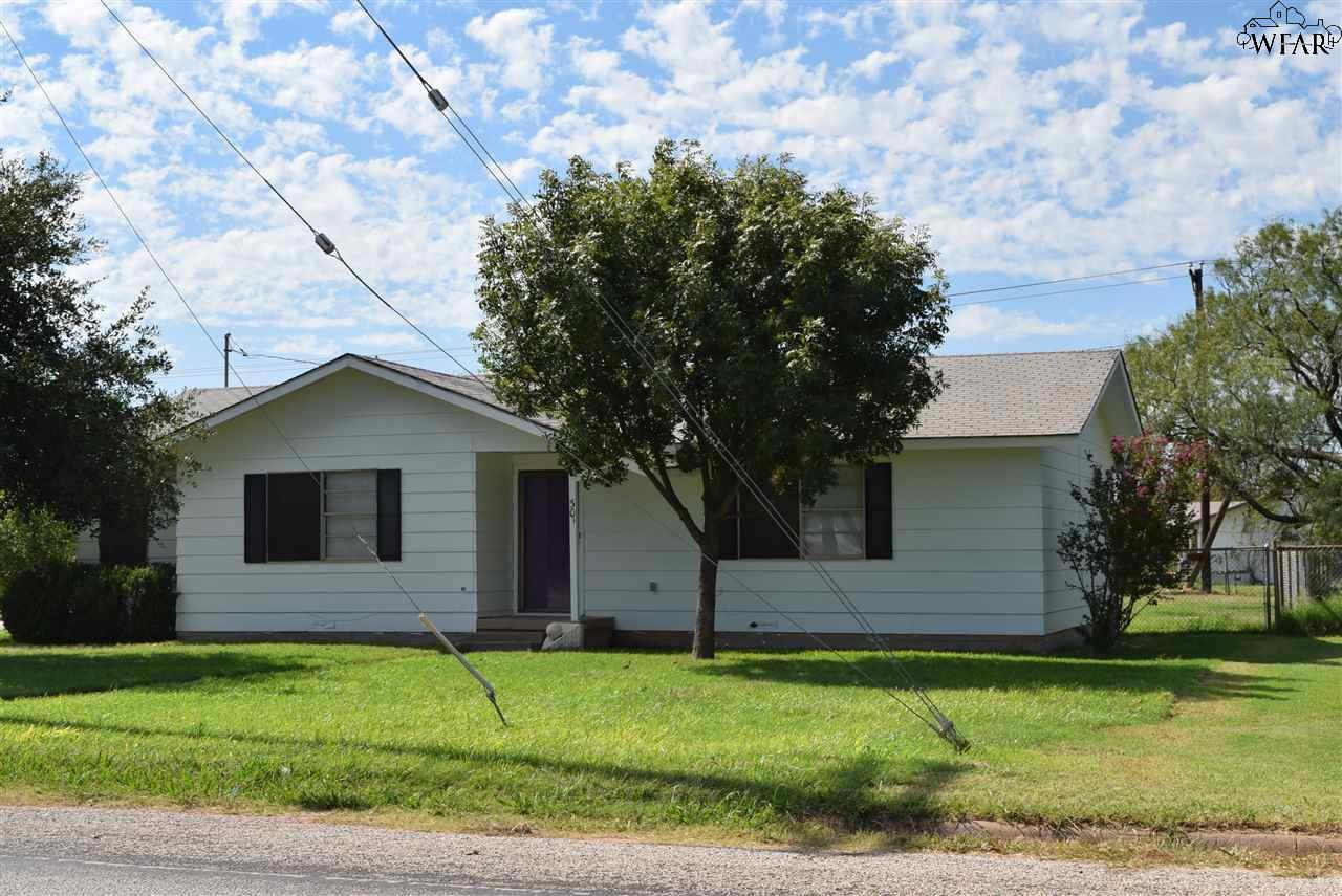 Texas archer county holliday 76366 - 301 Northwest Ave