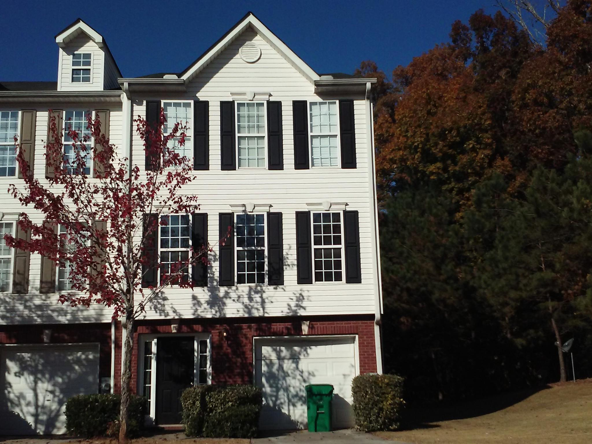 2311 Strathmoor Manor Dr Lithonia GA Recently Sold