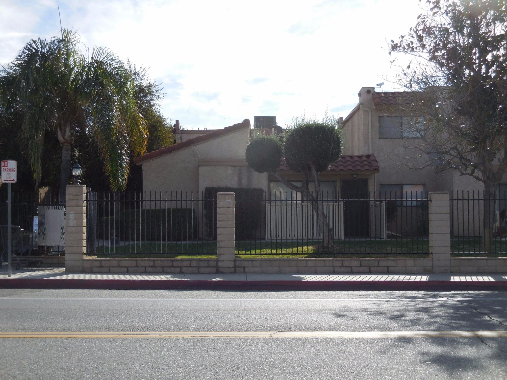 2411 W Acacia Ave Hemet CA Recently Sold