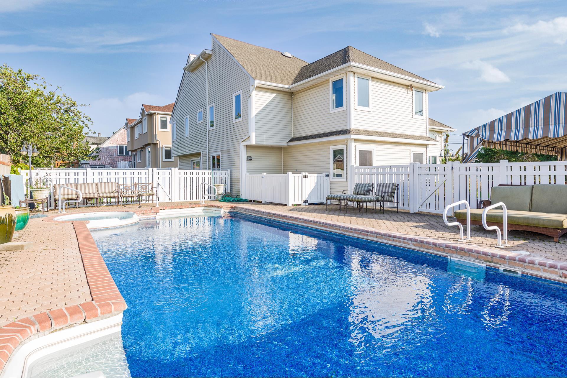 9 Redan Rd, Lido Beach, NY 11561 - Estimate and Home Details | Trulia
