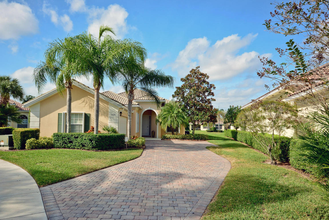 2071 Hermitage Dr, Wellington, FL 33414 - Estimate and Home Details ...