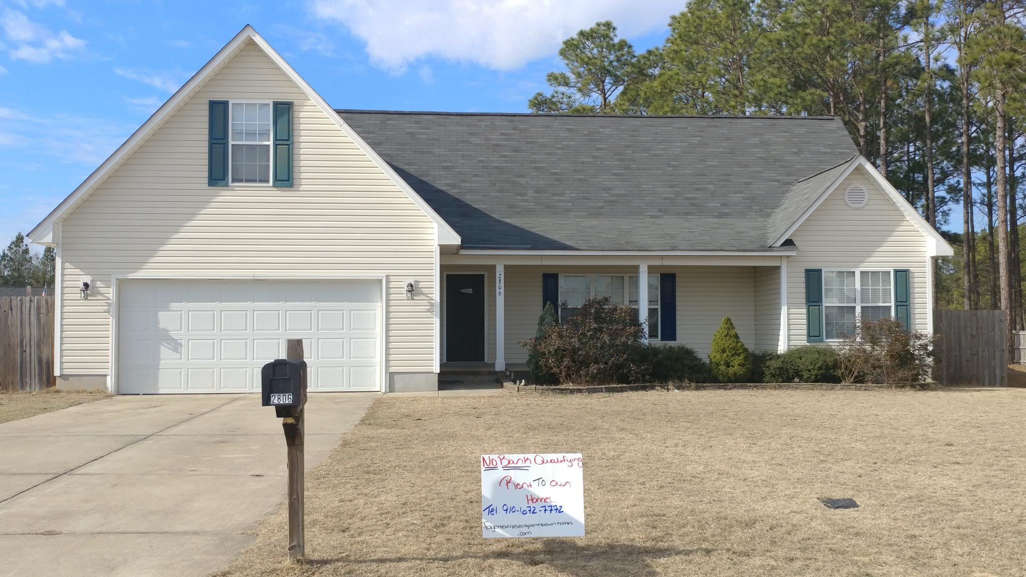 2806 Cambric Dr, Hope Mills, NC 28348 - 3 Bed, 2 Bath Single