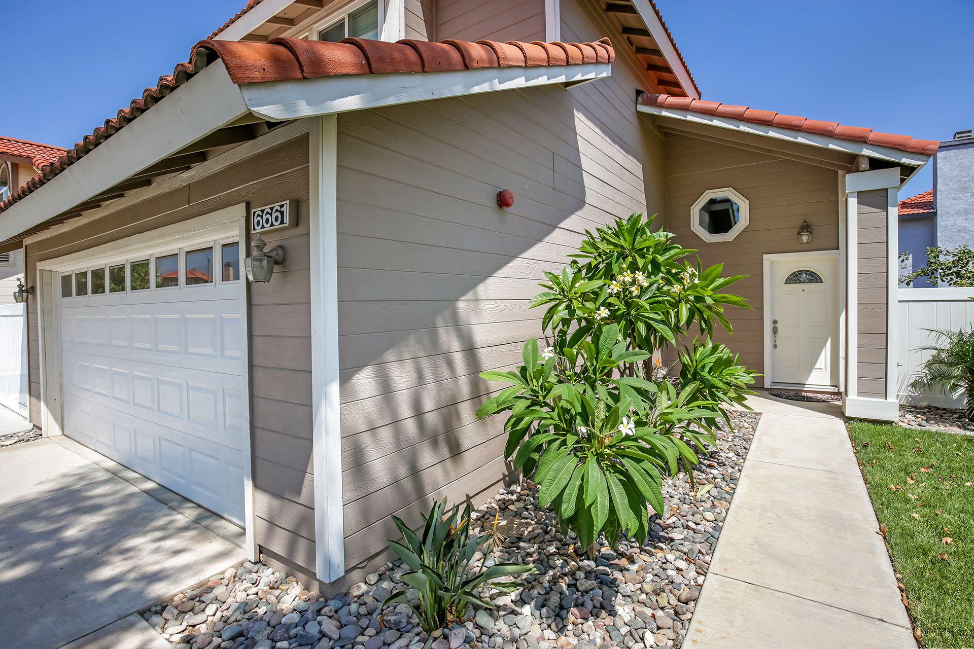 Acacia Ct Fontana CA Recently Sold