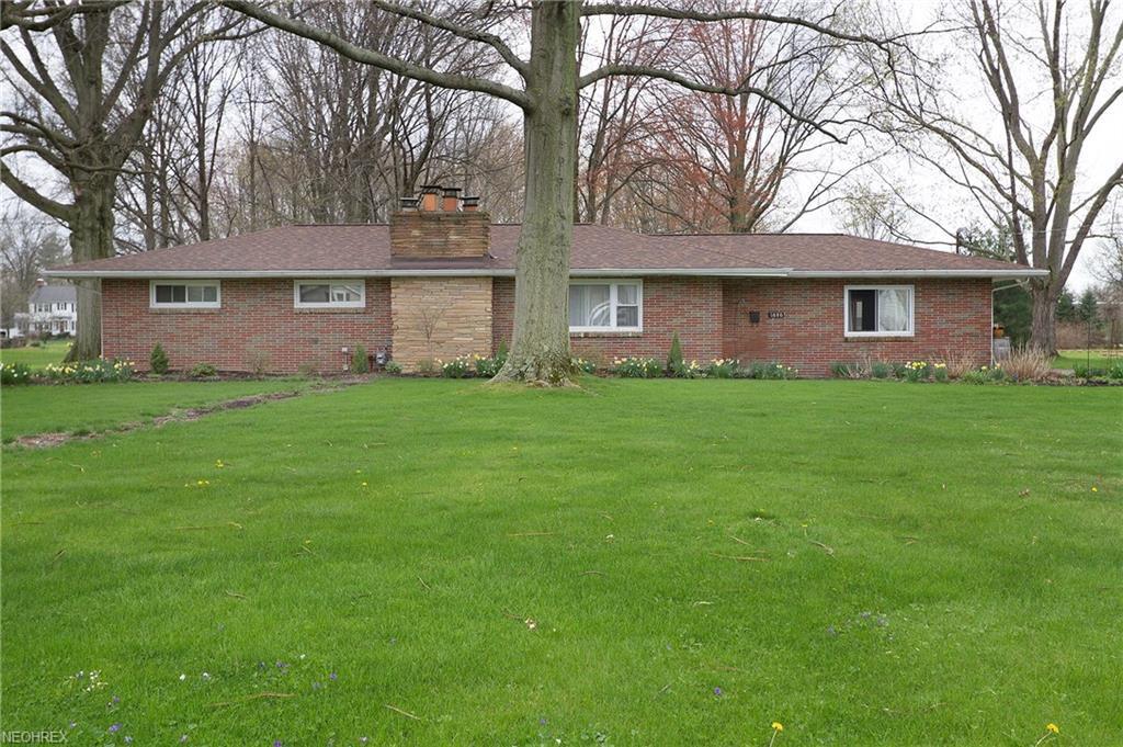 1686 Dover Center Rd, Westlake, OH 44145 | Trulia