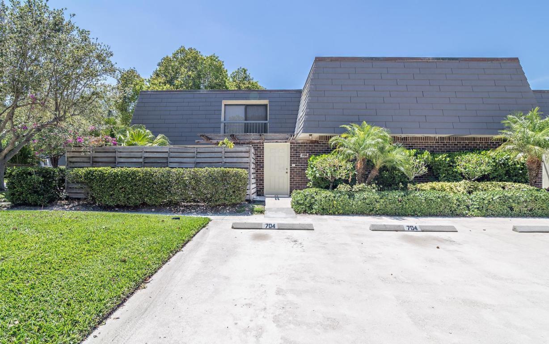 704 7th Ter, Palm Beach Gardens, FL 33418 - Estimate and Home ...