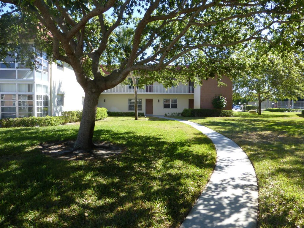 49 Woodland Dr #102 For Sale - Vero Beach, FL | Trulia