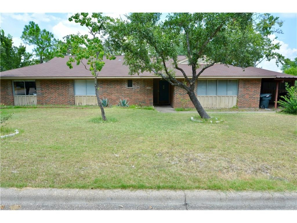 1505 laura ln for sale college station tx trulia