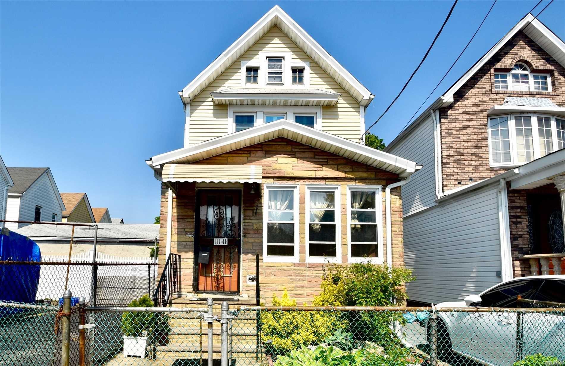 11111 147th St, Jamaica, NY 11435 - 3 Bed, 2 Bath Single-Family Home - MLS  #3130660 - 16 Photos | Trulia