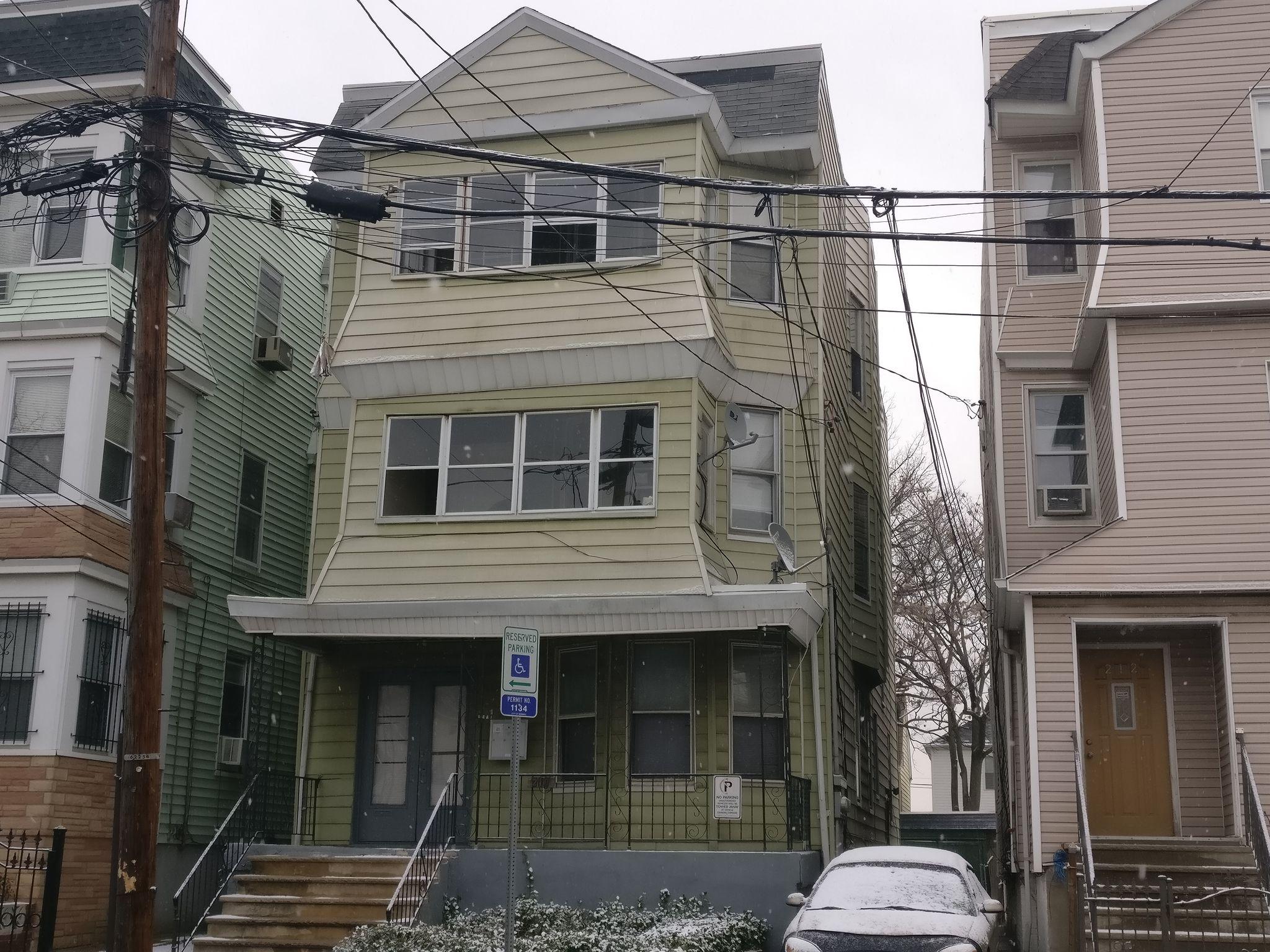 210 Hillside Ave Newark NJ Estimate and Home Details