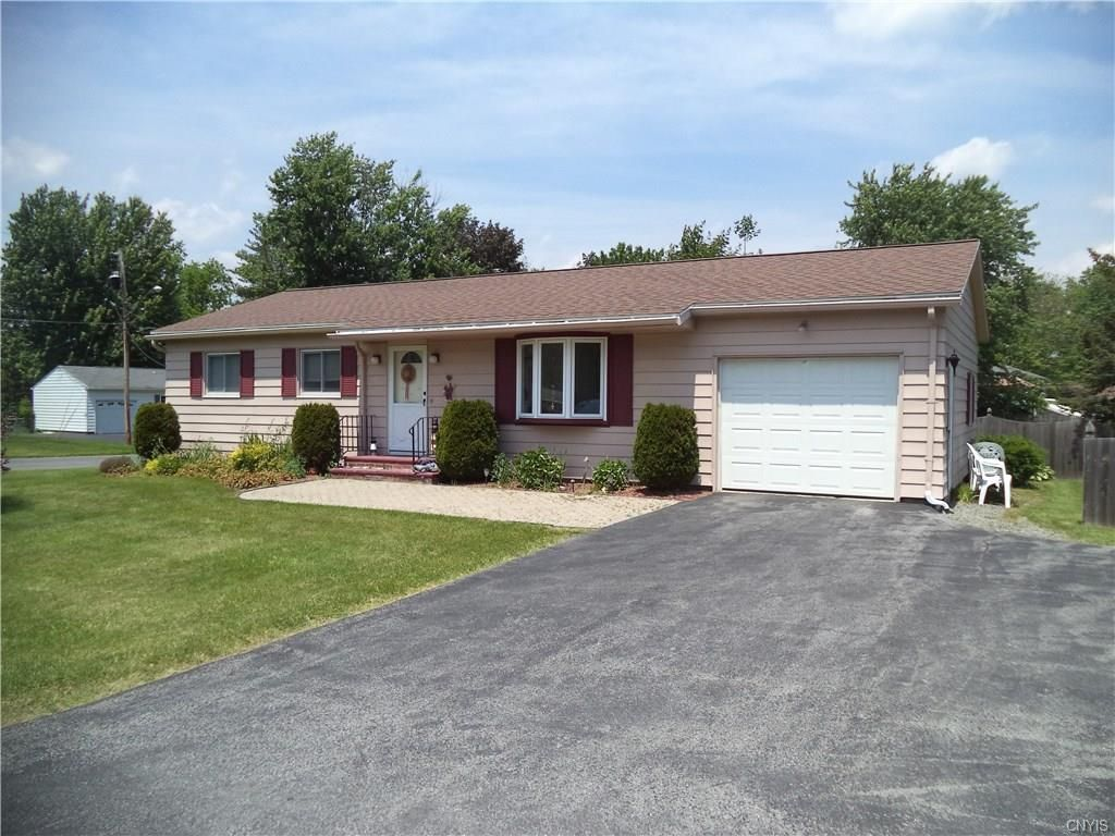 4127 Wetzel Rd, Liverpool, NY 13090 - Estimate and Home Details | Trulia