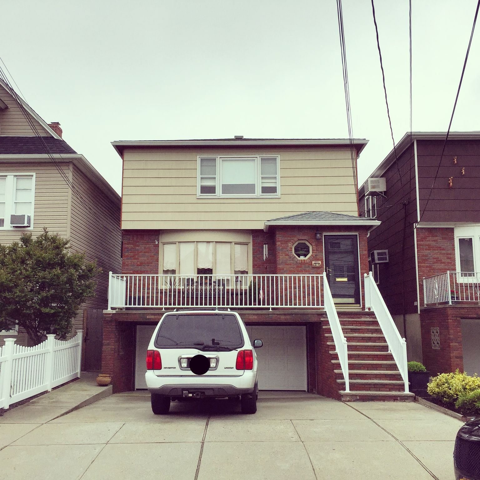 20 W 41st St Bayonne NJ Estimate and Home Details