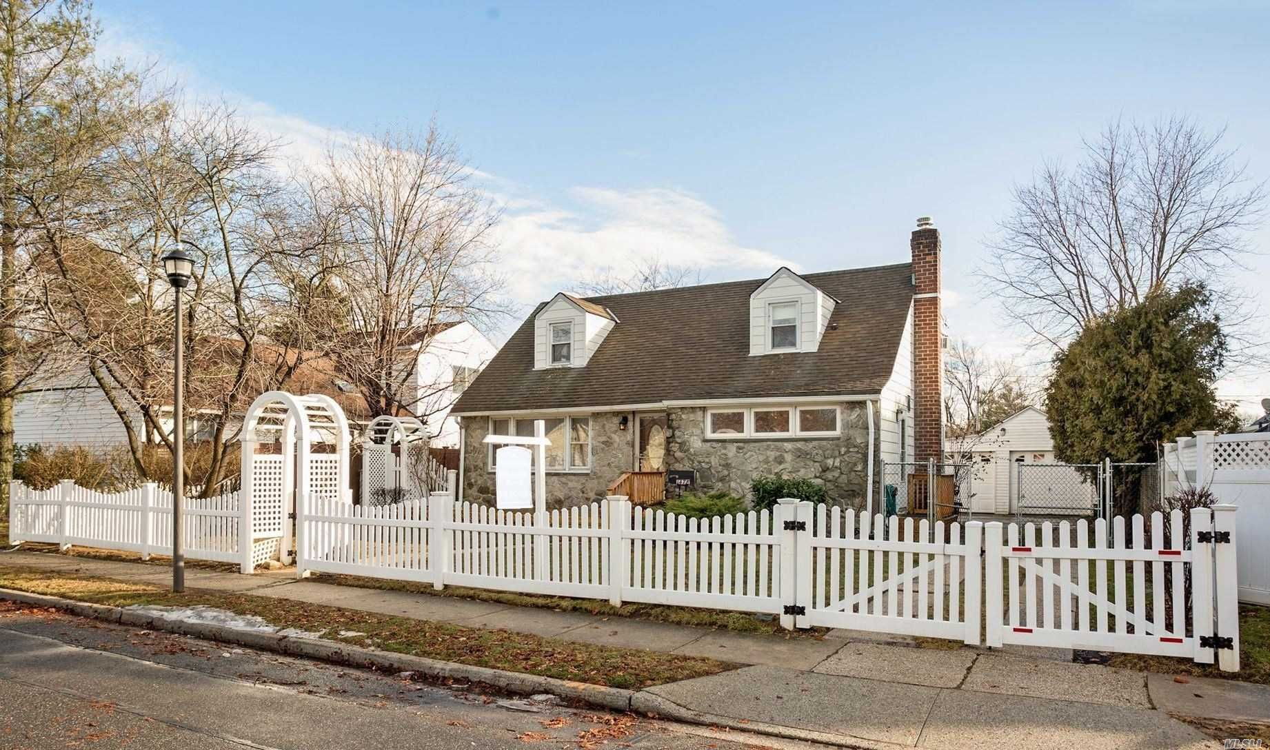 1478 Wilson Rd For Sale East Meadow NY